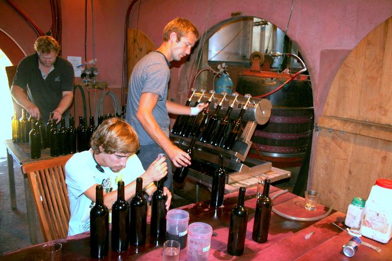 hand-bottling-stonyridge-hi-res